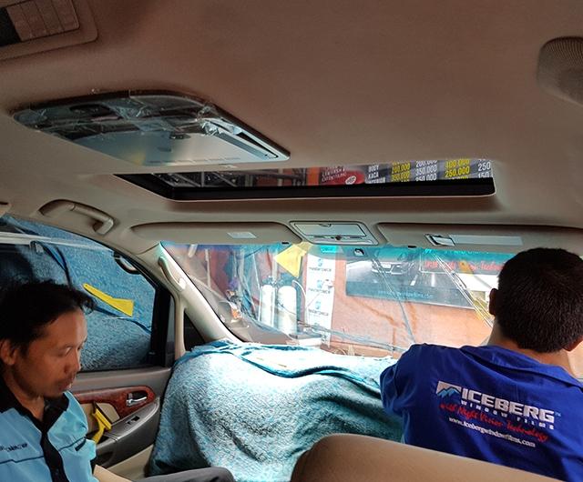 Proses Pemasangan Kaca FIlm Masterpiece Mobil Alphard