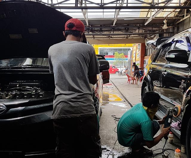 Proses Pembersihan Mesin Mobil Xenia dan Proses Poles Body Mobil Fortuner