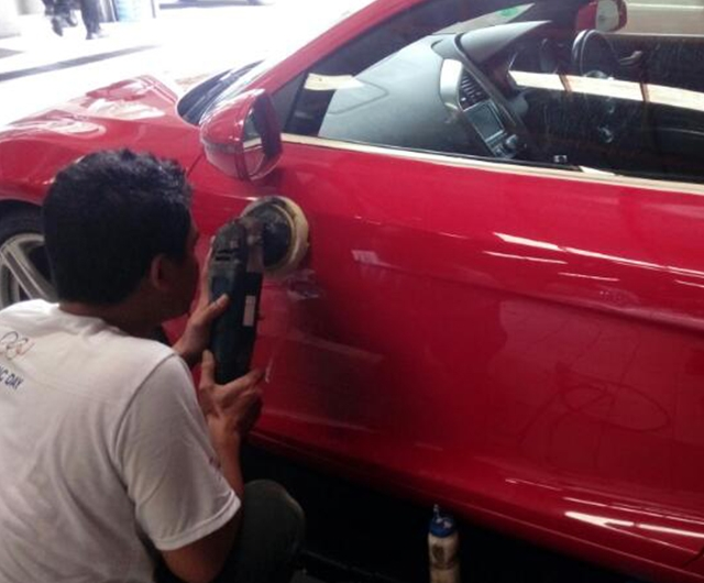 Proses Poles Body Audy R8