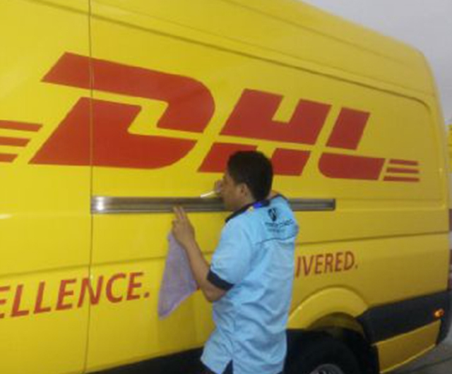PROSES DETAILING BODY <b>MERCY SPRINTER DHL</b>